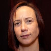 Elizabeth Retief