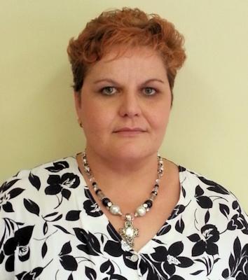 Dr. Elca Erlank